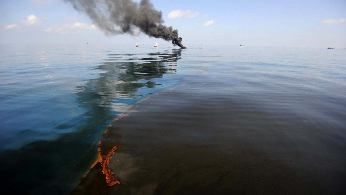 A környezetvédelmi perlit a vízen úszó olaj eltávolítására kiválóan alkalmas